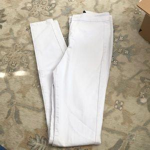Boohoo White Skinny Jeans Size 4 Tall